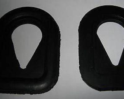 97-0669 Triumph Nacelle Rubbers A Pair Nos
