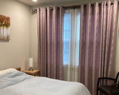 Shared room with shared bathroom - Sunnyvale , CA 94085