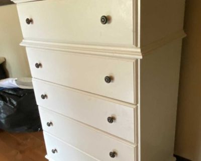 5 Drawer Solid Wood Chest of Drawers