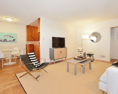 Hollywood Hills Beachwood Drive Relaxing Experience + Hollywood Sign Views - Beachwood Canyon