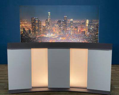 TV Newsroom Set, Burbank, CA