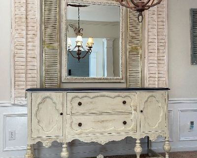 """Beautiful Home In Woodstock - Online Moving Auction Sale """"Rustic & Distressed"""" """"Shabby & Chic"""""""
