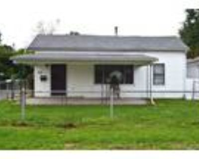 Off Market Opportunity in New Albany! 3 bed 1 bath will need work!