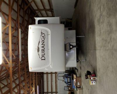 28 foot Durango camper