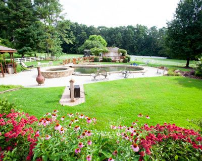 Outdoor studio with natural lighting and up to 15+ backdrops, Stone Mountain, GA