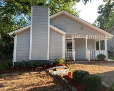 111 5th Ave, Jonesboro, GA 30236 4 Bedroom House