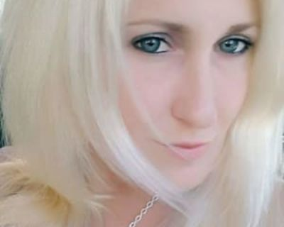 Britton, 33 years, Female - Looking in: Leona Valley Los Angeles County CA