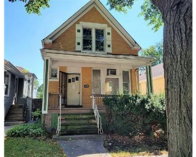 3 Bed 2 Bath Foreclosure Property in Oak Park, IL 60304 - S Harvey Ave