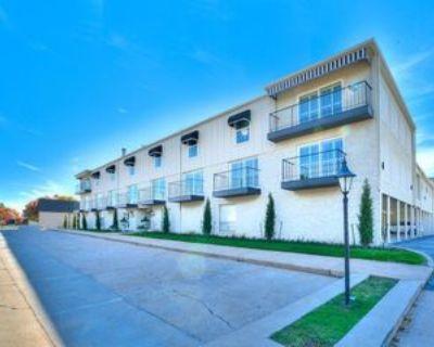 1110 Sherwood Lane - 222 #222, Nichols Hills, OK 73116 2 Bedroom Apartment