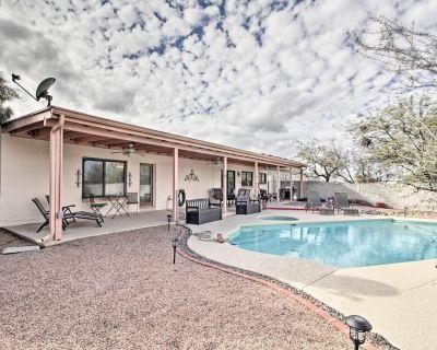 Casa De Rancho Feliz w/ Hot Tub & Mountain View! - Casas Adobes West