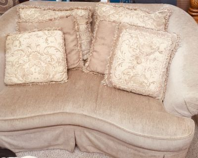 Loveseat-Excellent Quality
