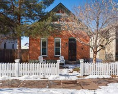 547 Fox St, Denver, CO 80204 3 Bedroom Apartment