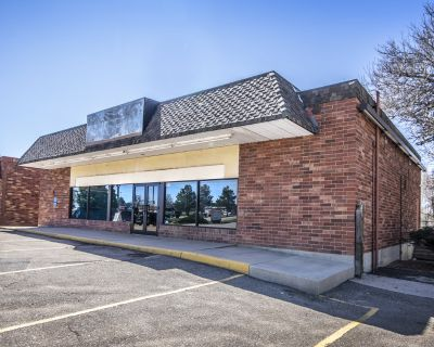 Freestanding Retail/Office Space For Lease
