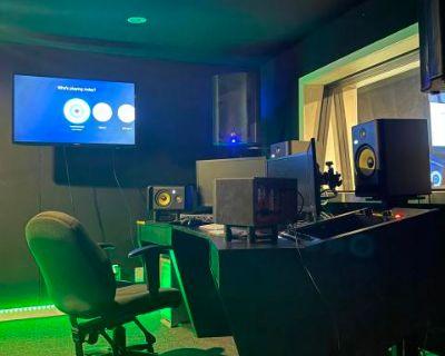 North Hollywood Recording Studio, Los Angeles, CA