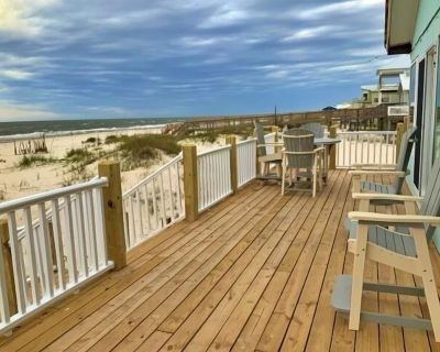 ALL NEW WITH A VIEW!! Total RENO! 3BR/2BA Gulf Front! - Fort Morgan