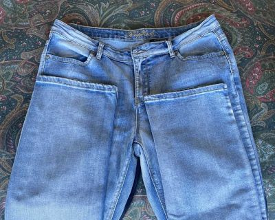 Blue jeans size 12 Buffalo boot cut