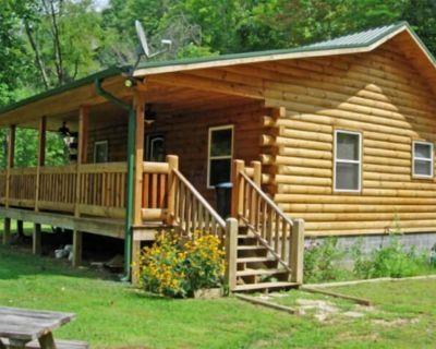 Log Cabin Rental w/Hot Tub, Views near Harrahs Casino, Cherokee & Bryson City NC - Whittier