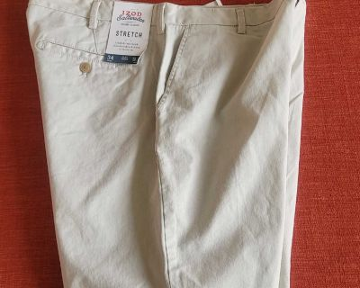 NEW SIZE 34 SHORTS, LOCATED IN WILDOMAR BUT WILLING TO MEET IN MENIFEE XPOST