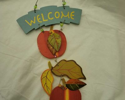 Welcome Apple Fall Door Hanger