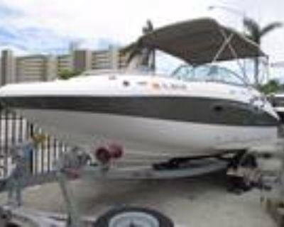 Hurricane - 20' Deck Boat