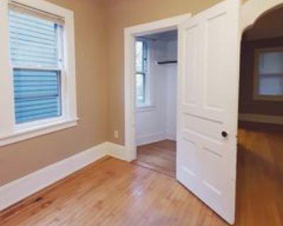 1027 E Kewaunee St #1027, Milwaukee, WI 53202 3 Bedroom Apartment