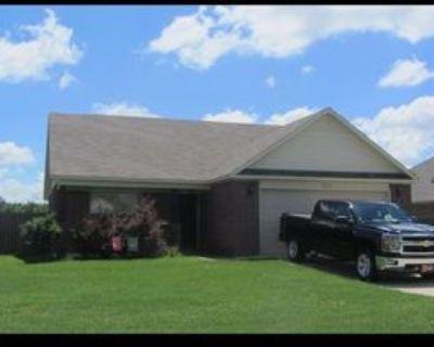 5616 Pin Oak Ln, North Little Rock, AR 72117 3 Bedroom Apartment