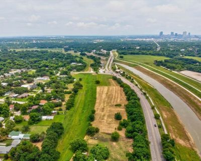 4500 White Settlement Road , Fort Worth, TX 76114