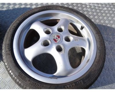 """WTB: Cup 2 wheels or something else cool in 17"""" for a late offset 944"""