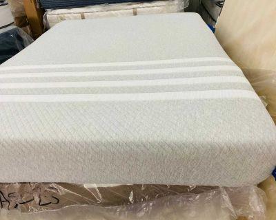 Queen size mattress memory foam lessa