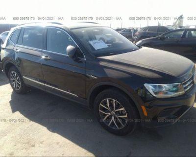 Salvage Black 2020 Volkswagen Tiguan