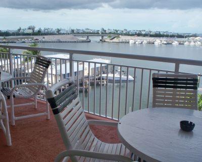 3 bd Condo w/ boat slip Pelican Landing St Kitts - Meadows