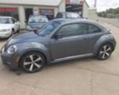 2012 Volkswagen New Beetle 2.0T Turbo