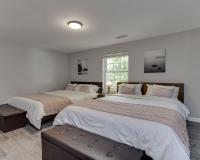 Stylish 3BR 3BA Colonial House by CozySuites - Potomac West