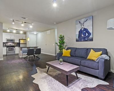 Chic Apartment in the Heart of FW   King Bed - Fort Worth