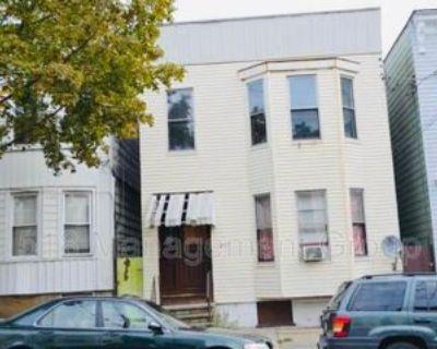 277 Sheridan Ave #BOTTOM, Albany, NY 12210 3 Bedroom Condo
