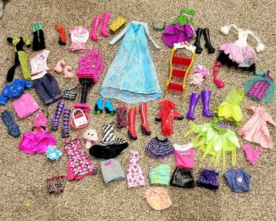 Barbie - Monster High Doll Accesories and Clothes