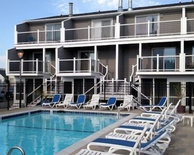 FREE Activities. LINENS INCLUDED*! MINI WEEKS AVAIL/COMMUNITY POOL/OCEAN BLOCK - A multi level town home - Dewey Beach