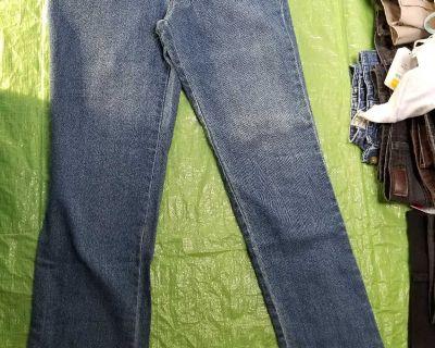 Women's size 4 short jeans