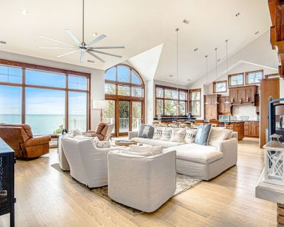 Lakefront Home w/High-Speed WiFi, Private Beach, Gas Grill, Washer/Dryer, & more - Harbert