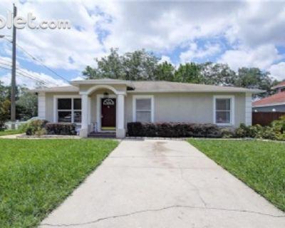 $1700 3 single-family home in Hillsborough (Tampa)