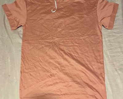 H&M Divided Red / Pink Shirt