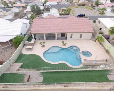 Luxury Pool Home 5 MINUTES from Lake, River, & Casinos!! - Sunridge Estates