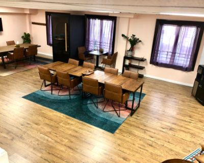 Unique Co-Working & Play-Care Space in the Heart of Queens Ready to Host Your Next Workshop, Class or Meeting (Childcare Not Included), Rego Park, NY