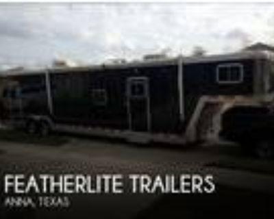 2002 Featherlite Trailers 4940