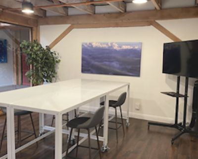 Private Office for 8 at Townsend Enterprises