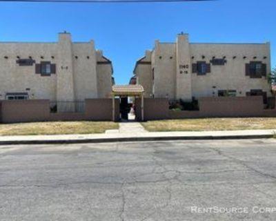 1140 E Avenue Q12 #1, Palmdale, CA 93550 2 Bedroom Condo
