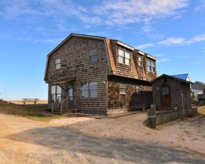 Beachfront Home with Beautiful Views of the Delaware Bay - Broadkill Beach