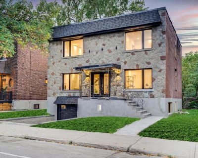 LUXURY and REFINEMENT HOUSE Monkland Village N-D