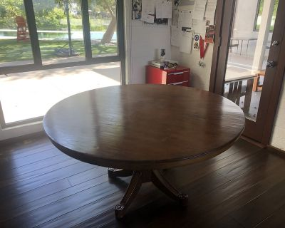 Stunning dining room table