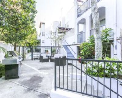 1031 North Crescent Heights Boulevard #1B, West Hollywood, CA 90046 2 Bedroom Apartment
